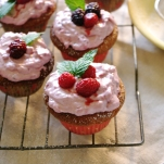 Vanilla and Berry Cupcakes
