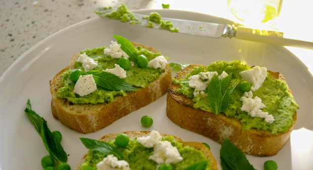 Pea and Feta Bruschetta